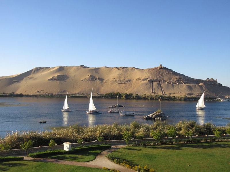 VLOG 9: Relaxing Aswan – beautiful morning view from balcony