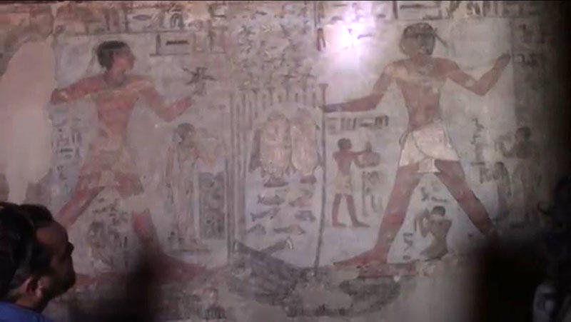 VLOG 10: Inside a 4000 year old tomb in Aswan