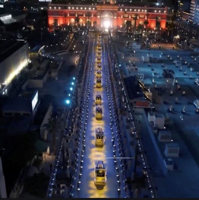 Royal Mummy Parade Ignites the World